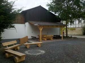 Dorf- und Grillplatz in der Ortsmitte